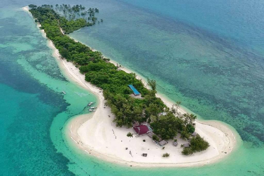 white sand island