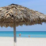 pantai whie sand island